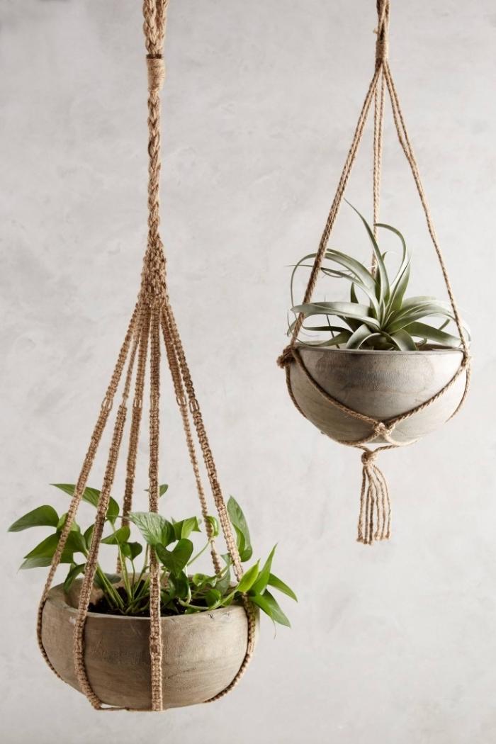 Portavaso di canapa con intrecci macramè per delle piante da appartamento