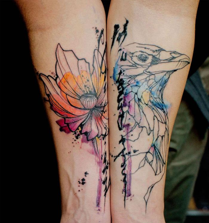 Idea per tatuaggi uomo e un disegno watercolor di un uccello sull'avambraccio