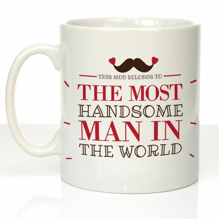 Idee regalo uomo originali e una tazza bianca con scritta personale