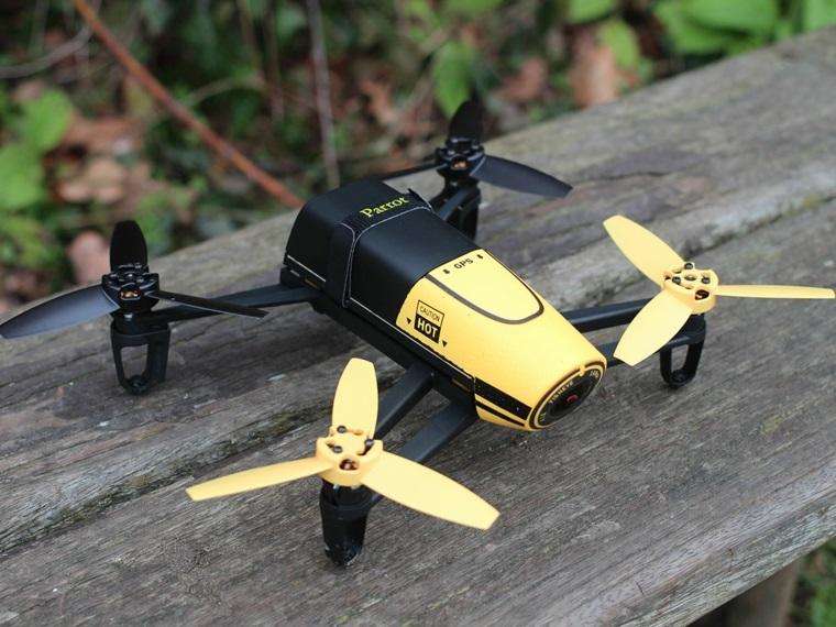 Regali per lui e un'idea con un piccolo drone professionale