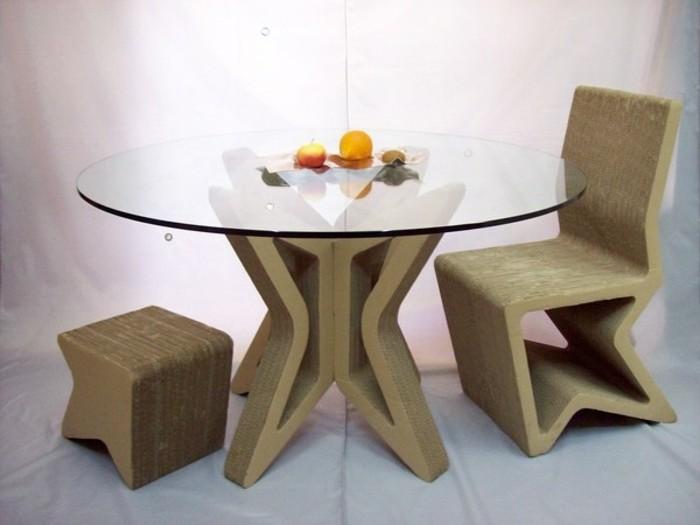 Arredamento fai da te con il cartone e un'idea per i mobili della sala da pranzo