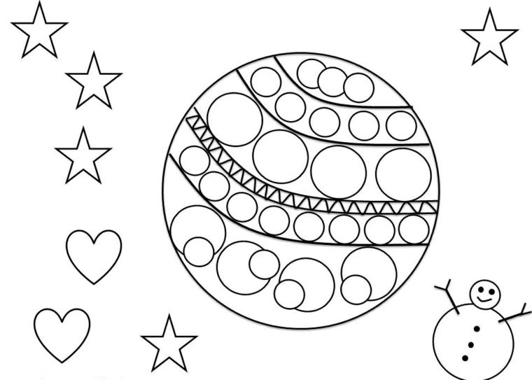 Lavoretti di Natale, palla con disegni cerchi e forme geometriche, stelle e cuori intorno