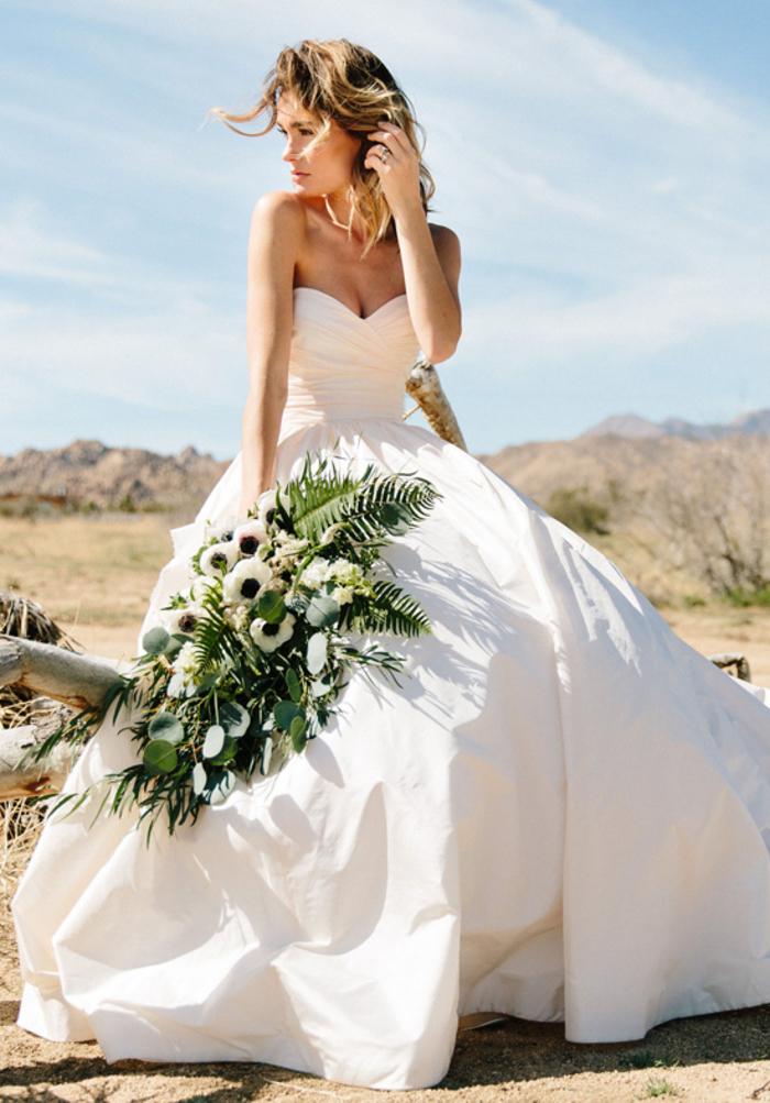 Abiti da sposa principeschi, abito con volume, vestito da sposa con scollo a cuore