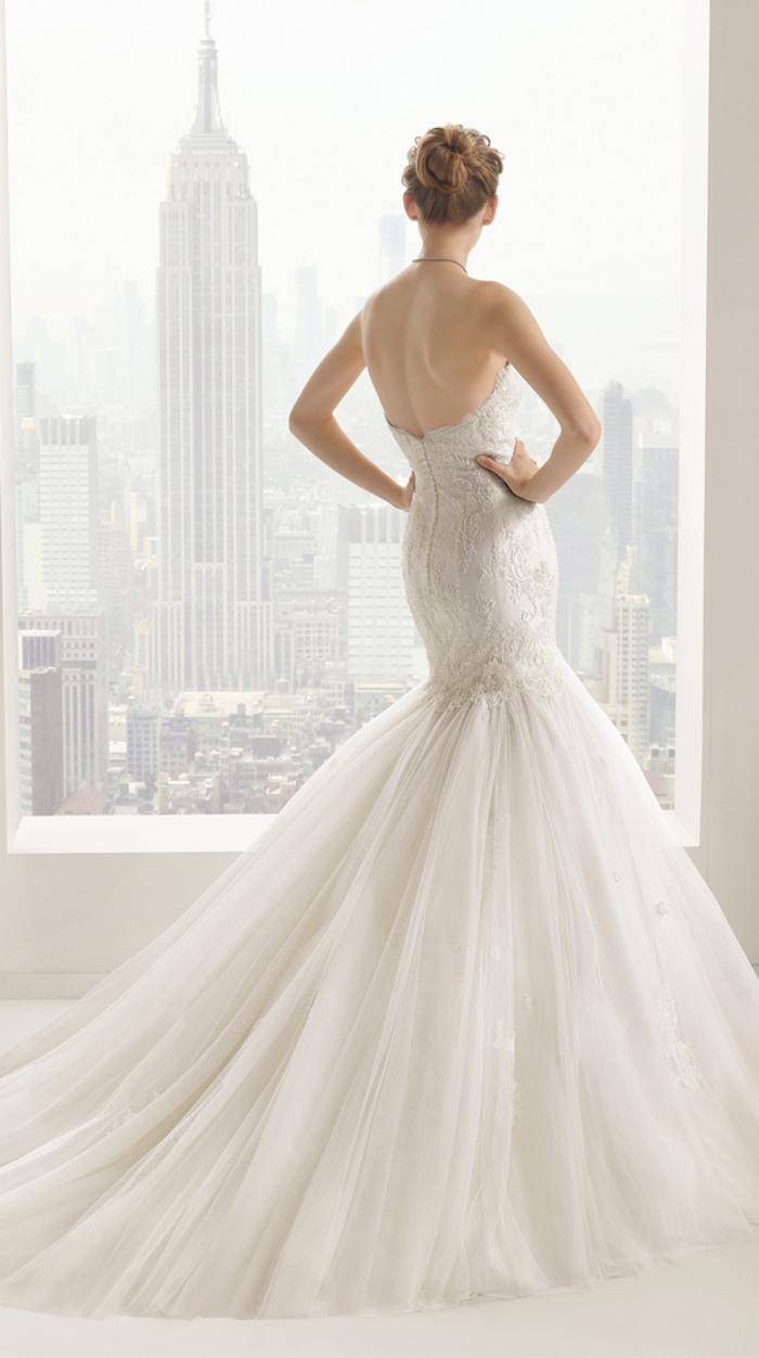 Vestito da sposa principessa, ragazza con abito da sposa stile sirena, tulle bianco