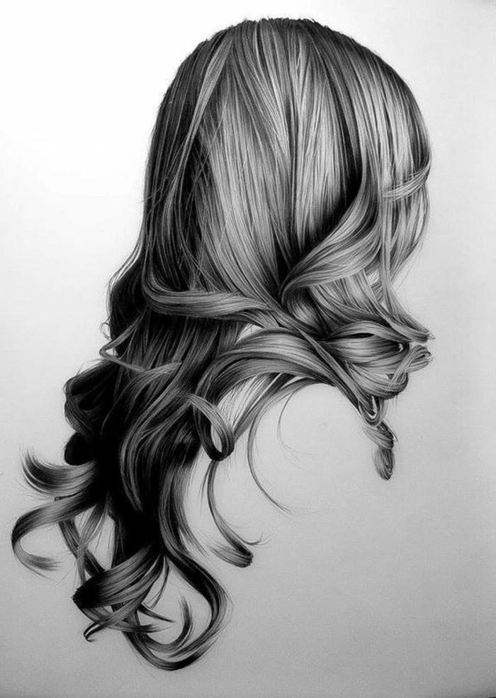 Immagini da disegnare a matita, capelli lunghi ricci, donna con onde morbide