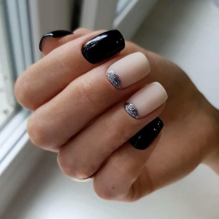 Abbinamento smalto rosa e nero, disegni sulle unghie, french con smalto glitter