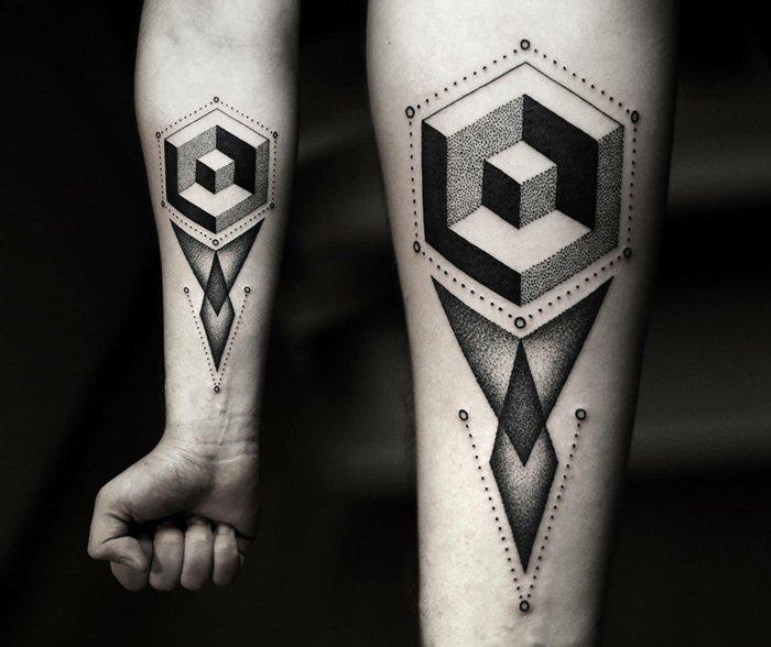Tatuaggi belli, tattoo con forme geometriche, tatuaggio avambraccio uomo