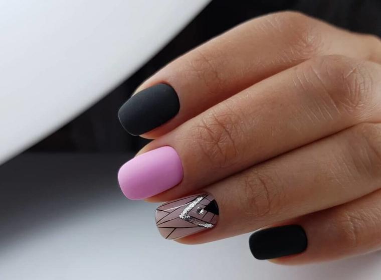 Nial art rosa cipria, smalto rosa mat, unghie forma squadrata