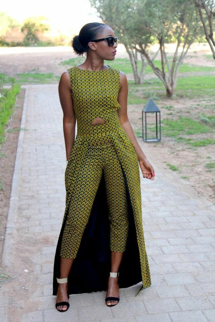 Abbigliamento donna con vestiti africani, pantalone chino, top senza manica con collant lunghi