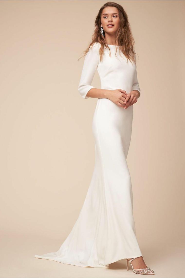 Donna con abito bianco, ragazza con capelli lunghi, capelli castani mossi