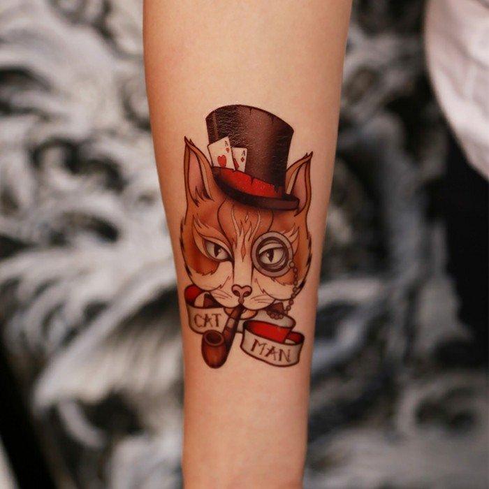 Il gatto di Alice nel Mondo delle Meraviglie, tatuaggio gatto, tattoo avambraccio donna