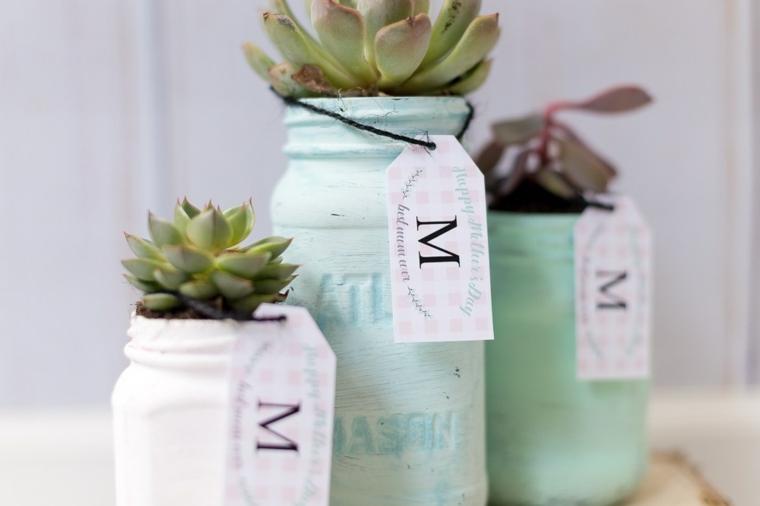 Idee regalo festa della mamma economiche, vaso con piante grasse, barattoli di vetro con bigliettini