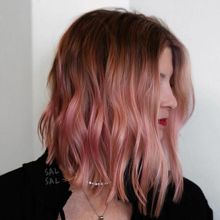 Tagli capelli, capelli di colore rosa, ragazza con taglio a caschetto