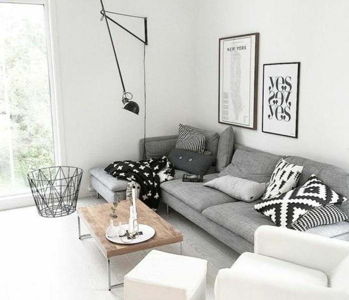 Idee arredamento soggiorno, soggiorno con pareti bianche, salotto con divano angolare
