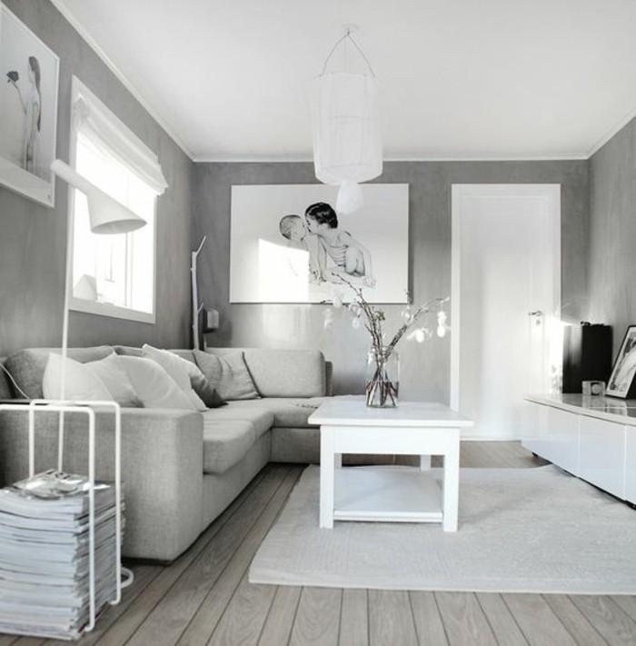 Idee per interni casa, soggiorno con divano, tavolino basso di legno