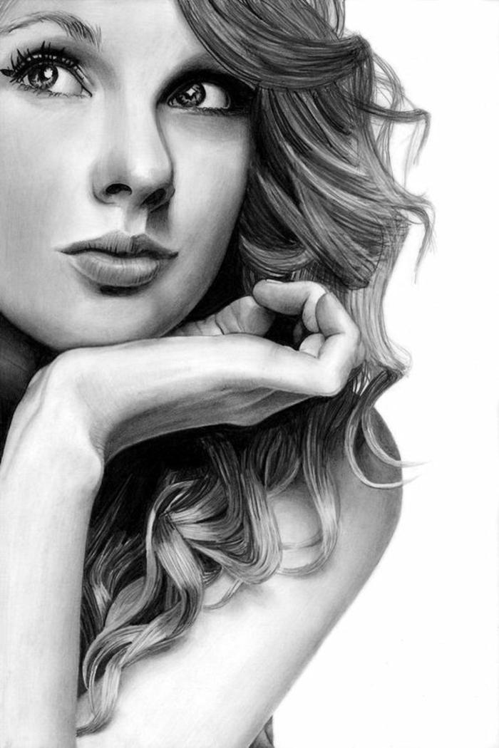 Ritratto di Taylor Swift, disegno a matita di una ragazza, capelli ricci