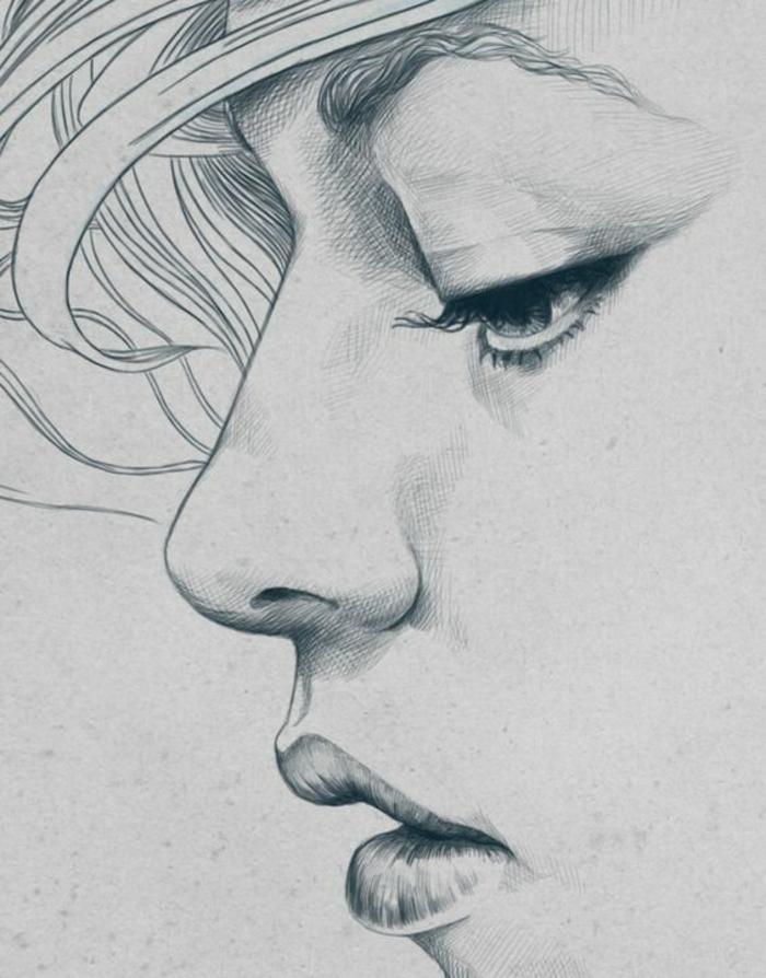 Disegno viso di profilo, disegno ritratto donna