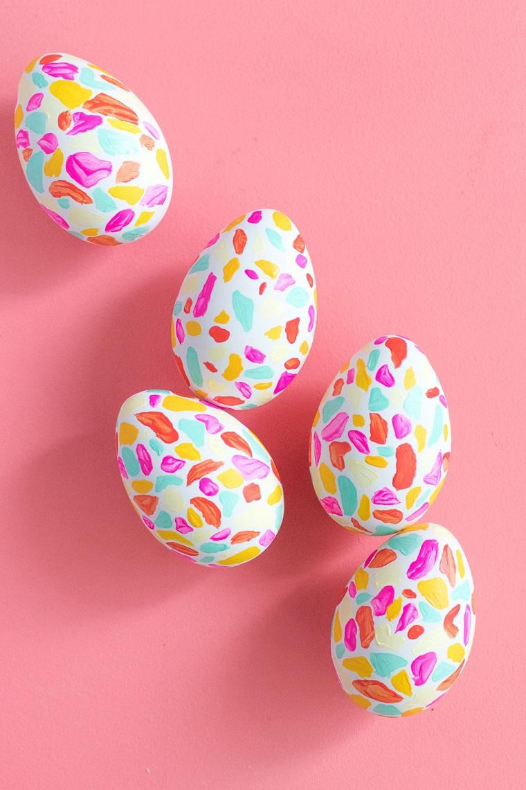 Lavoretti di Pasqua scuola primaria, uova sode colorate