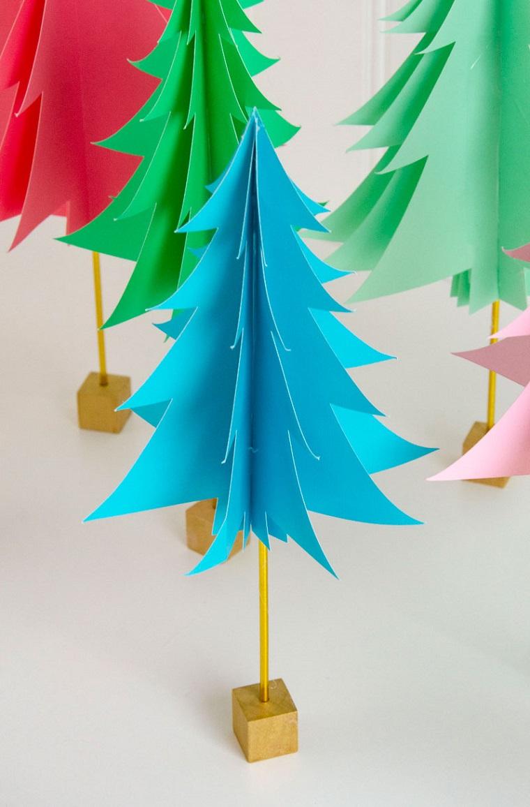 Lavoretti creativi Natale, albero di Natale, albero di carta colorata