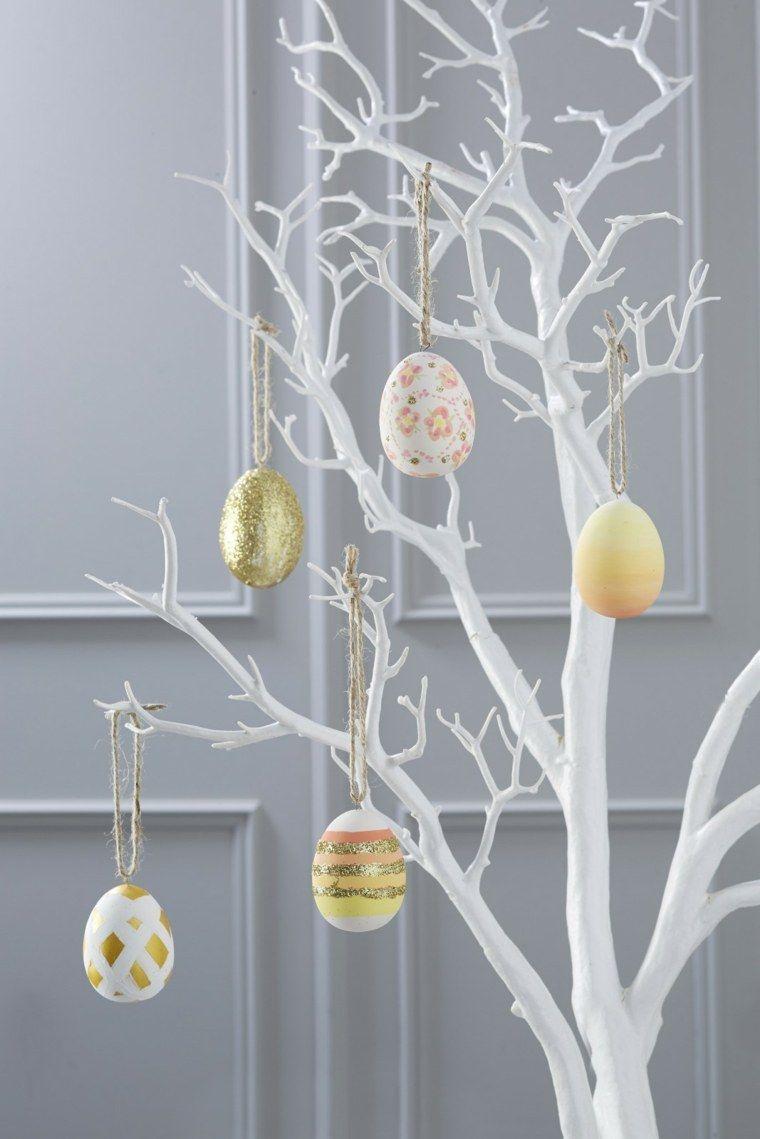 Centrotavola pasquali fai da te, albero pasquale, uova di pasqua dipinti