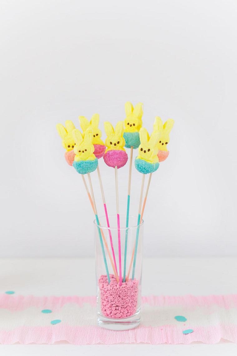 Bastoncini con coniglietti, decorazioni pasquali fai da te