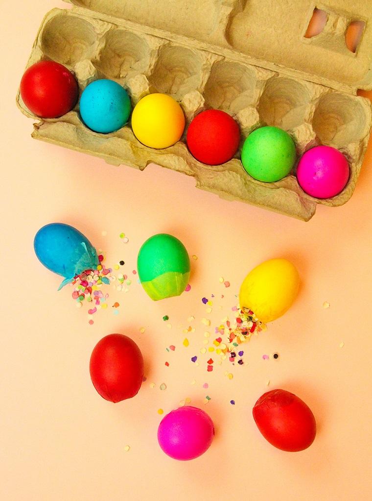 Uova finte con confetti, confetti di carta colorata, lavoretti pasquali per bambini