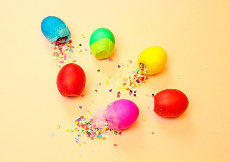 Uova di carta finti, confetti colorati, lavoretti pasquali per bambini