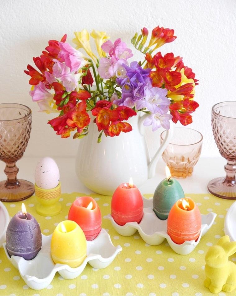 Lavoretti di Pasqua semplici, centrotavola con candele, candele a forma di uova