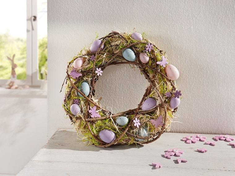 Corona pasquale, corona con uova, decorazioni pasquali fai da te