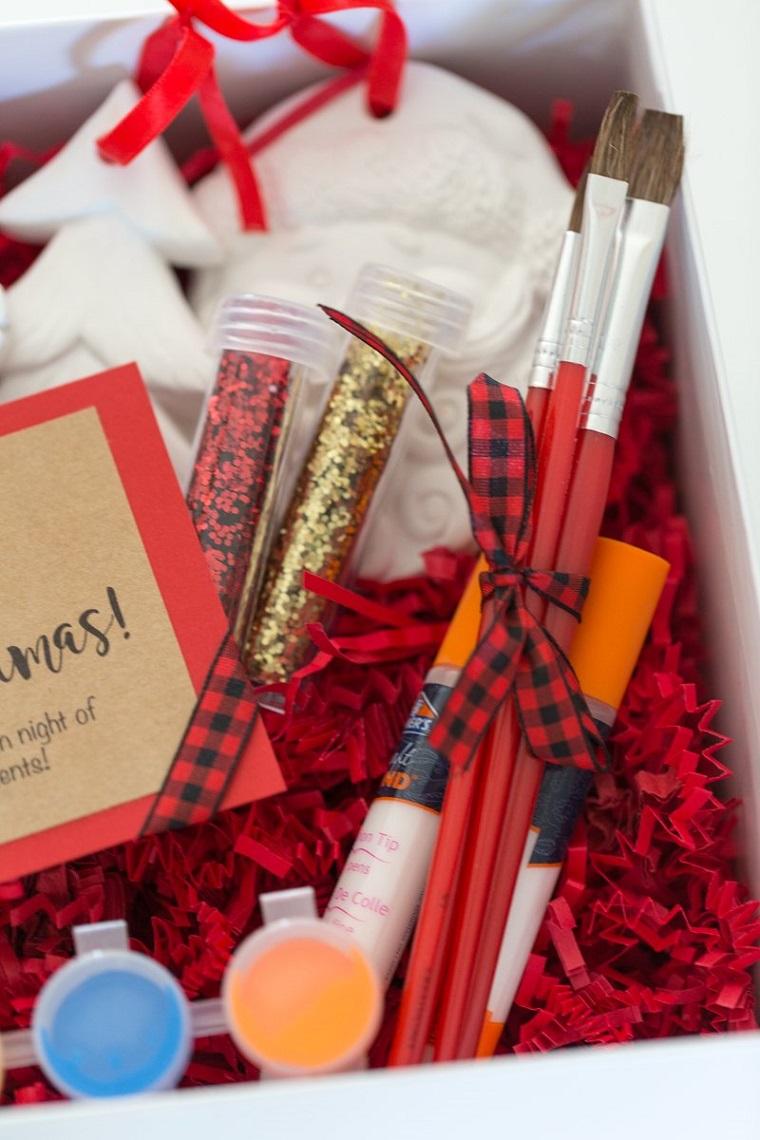 Kit per dipingere, lavoretti creativi Natale, scatola con materiali