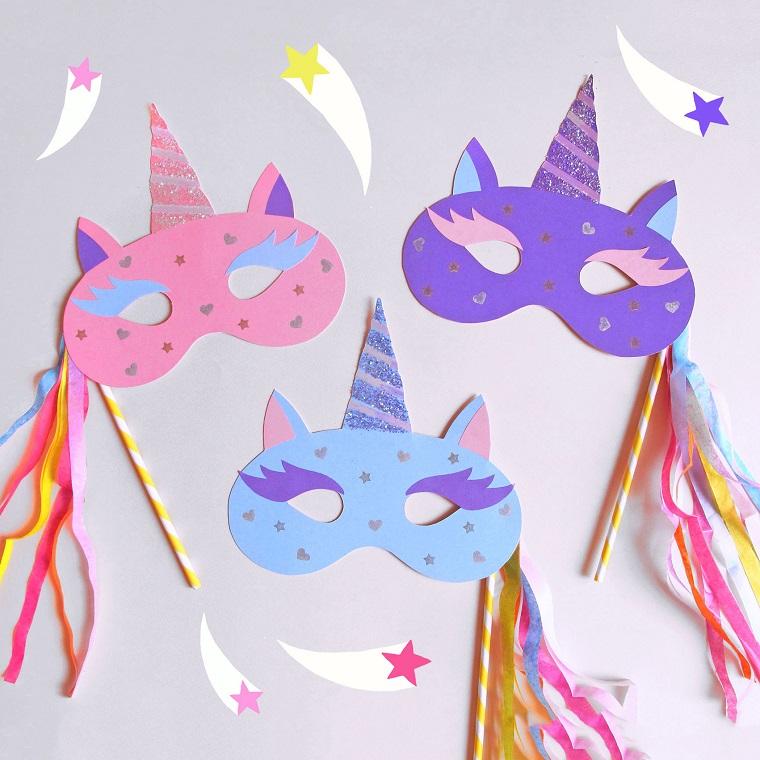 Maschere di carnevale per bambini, travestimento di unicorno, colorati occhi ritagliati stelle