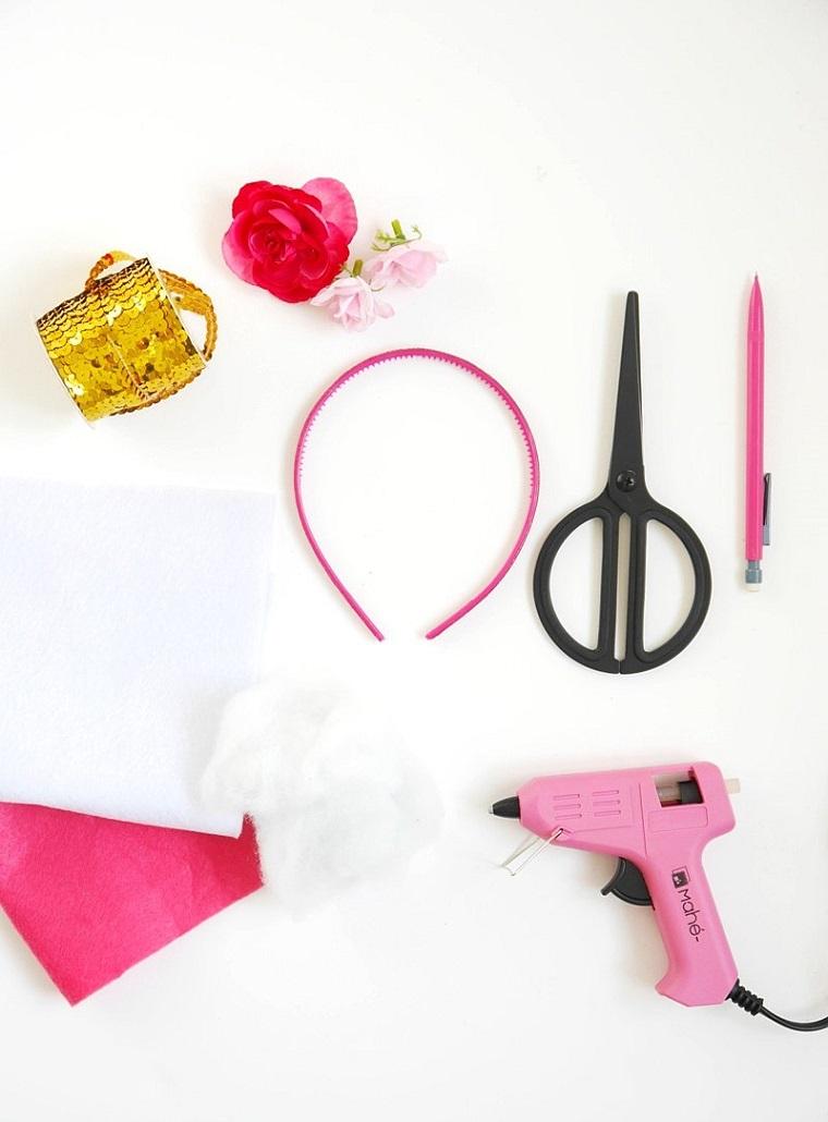 Materiali per decorazione, cerchietto rosa, lavoretti estivi per bambini