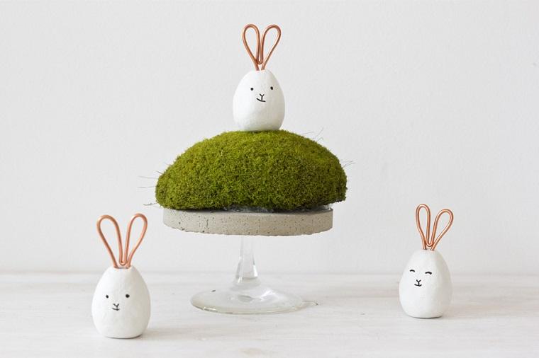 Uova di Pasqua fai da te, coniglietti di pasta fimo, centrotavola con coniglio