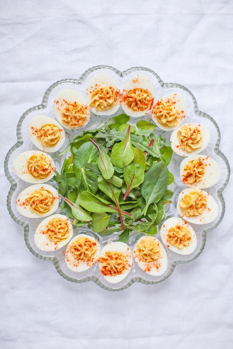 Antipasto con uova, uova con ripieno, come consumare le uova di pasqua
