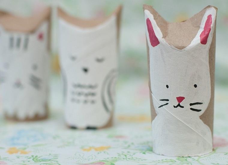 Lavoretti estivi, fai da te con rotoli di carta, disegno di un coniglio
