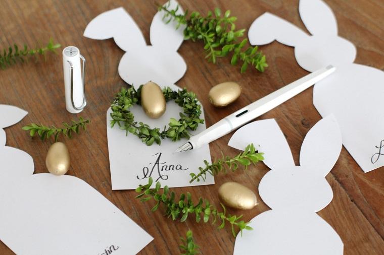 Lavoretti pasquali originali, segnaposto con cartoncino, rametti con foglie