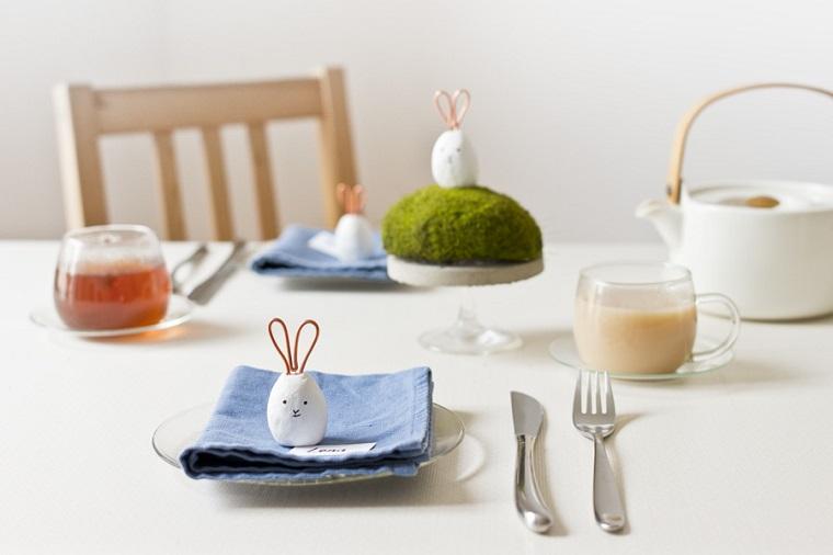 Lavoretti di Pasqua fai da te, segnaposto con ovetto, tavola apparecchiata
