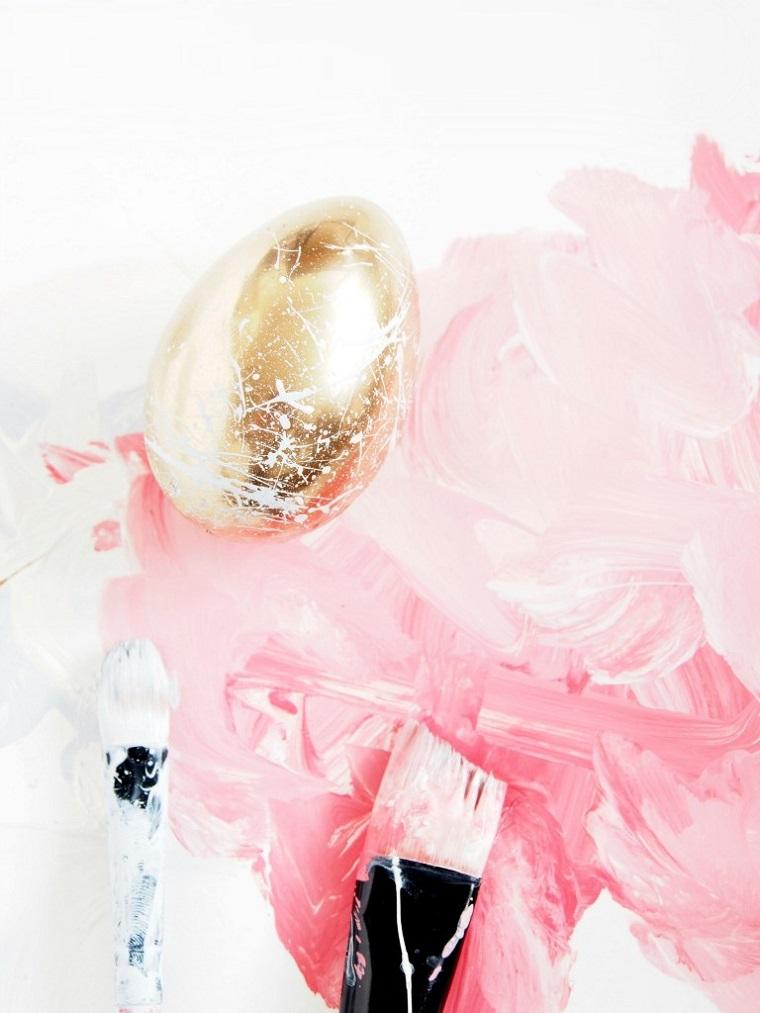 Decorazioni pasquali da appendere, uovo di colore oro