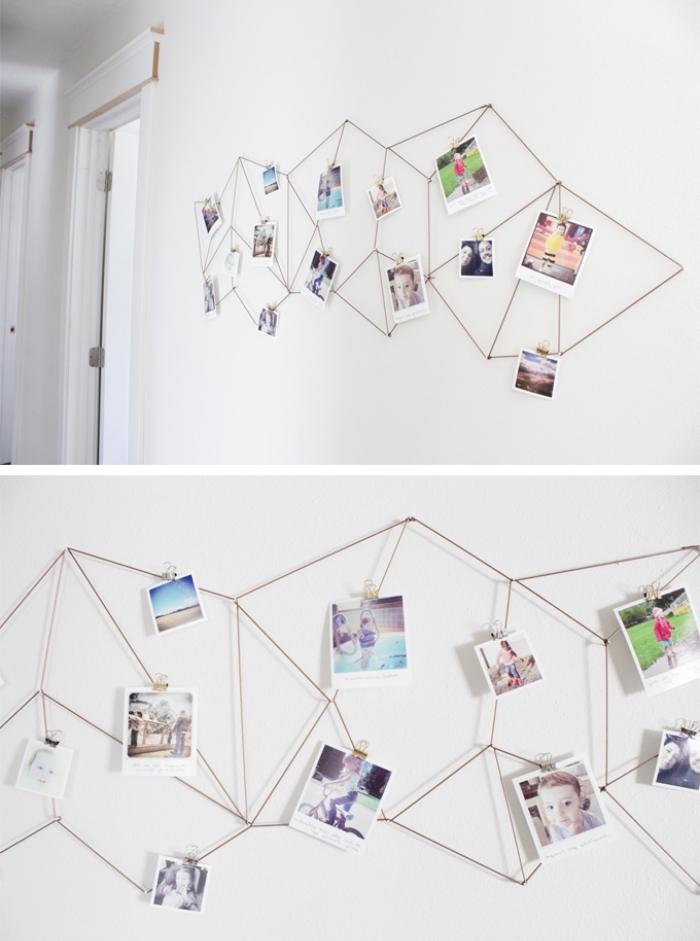 Decorazione con legni, fotografie attaccate alla parete