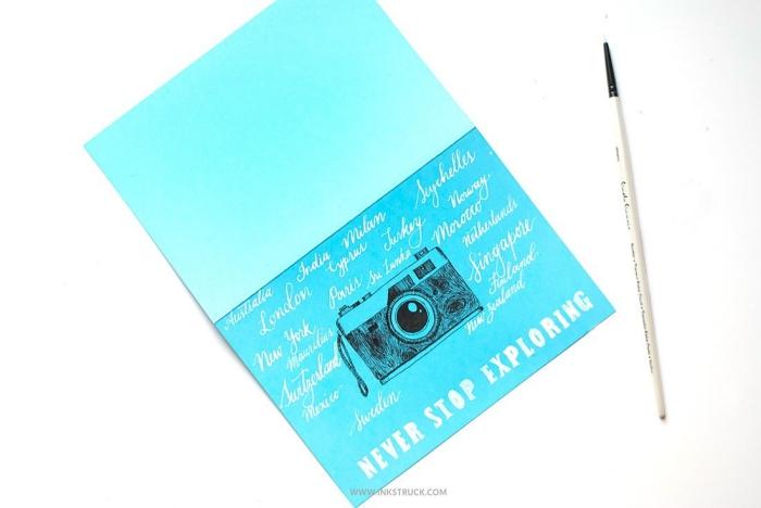 Come compilare una cartolina, cartolina di colore blu, disegno macchina fotografica