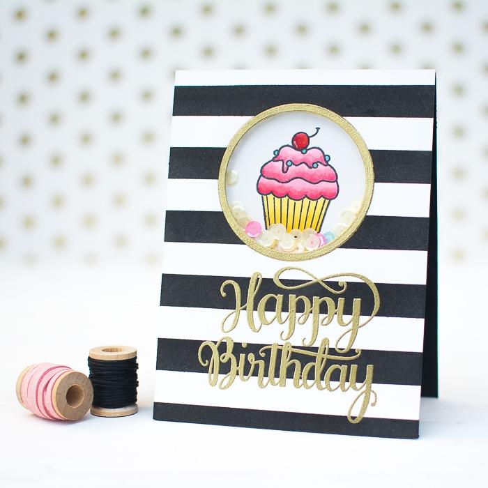 Biglietti auguri personalizzati online, disegno di un cupcake, foglio bianco e nero