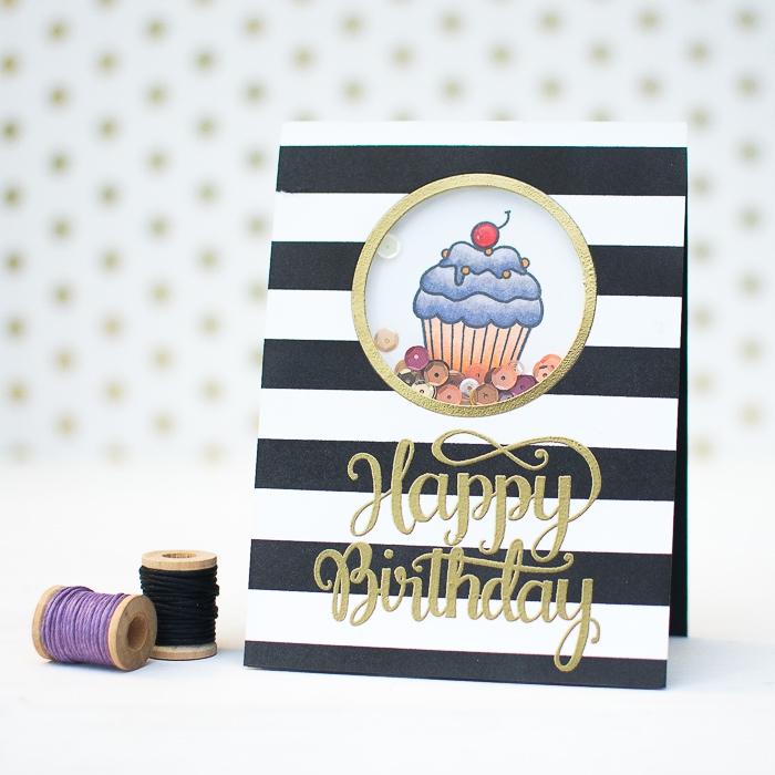 Auguri personalizzati compleanno, disegno di cupcake, cartolina bianco e nera