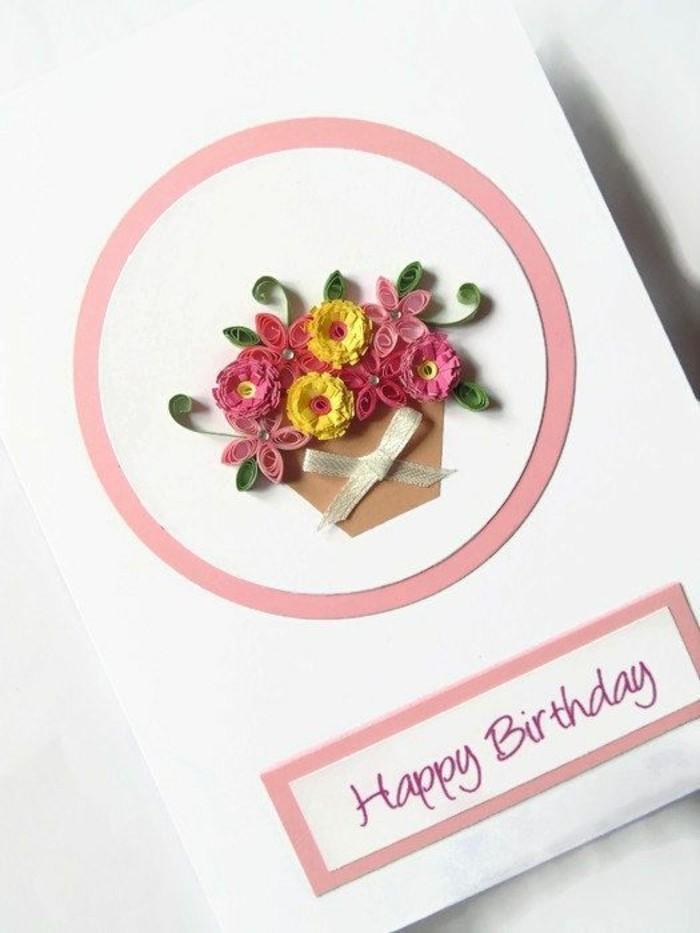 Scritta con pennarello viola, disegno di cesto fiori, cartolina per compleanno
