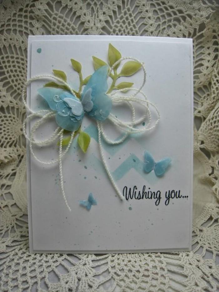 Cartolina con farfalla, decorazioni con fili, bigliettino fai da te