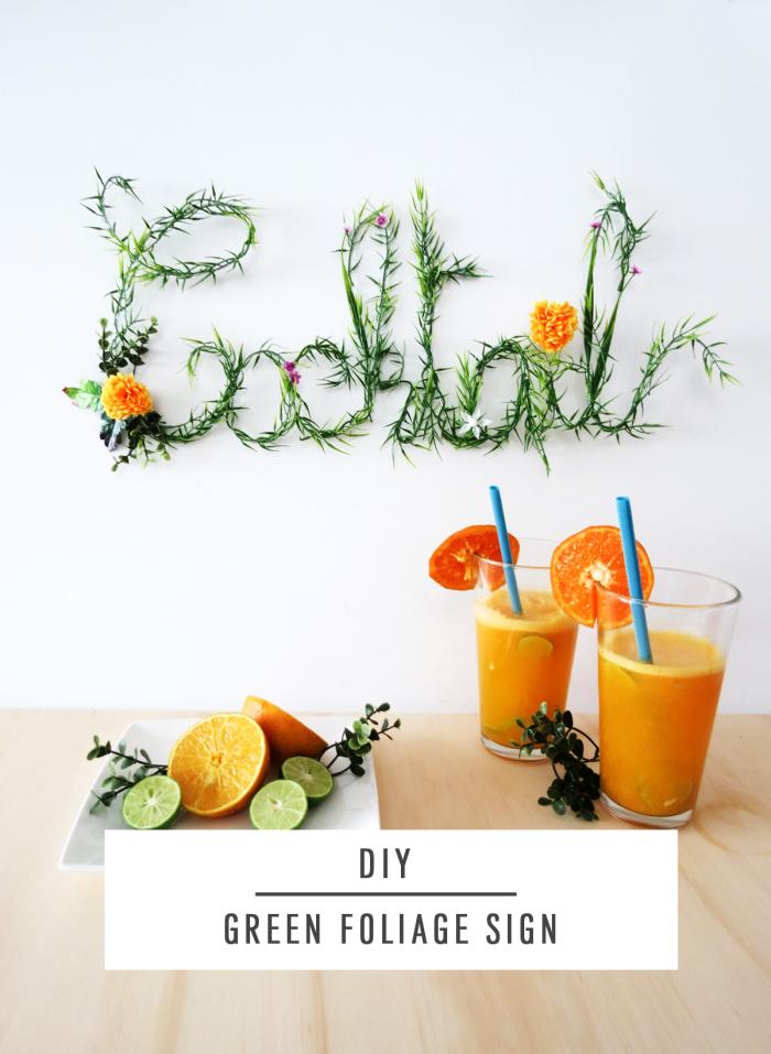 Scritte adesive per pareti, bicchieri con succhi di frutta, parete di colore bianco
