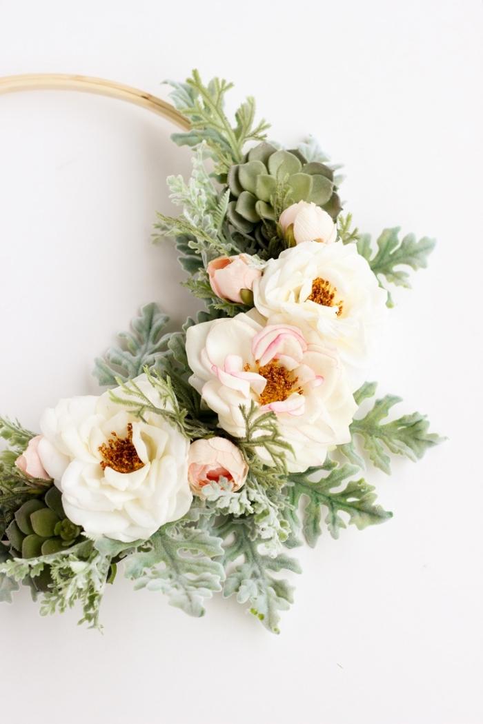 Anello di metallo con fiori, come decorare le pareti, fiori e rametti finti