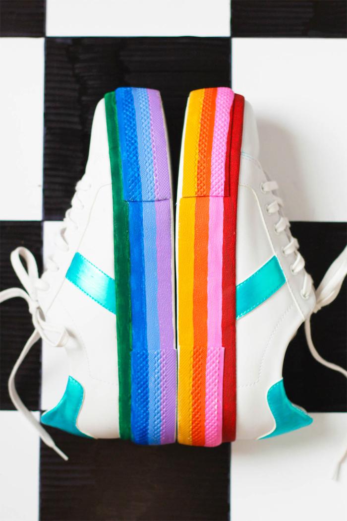 Scarpe da ginnastica bianche, suola dipinta, regali personalizzati per lui