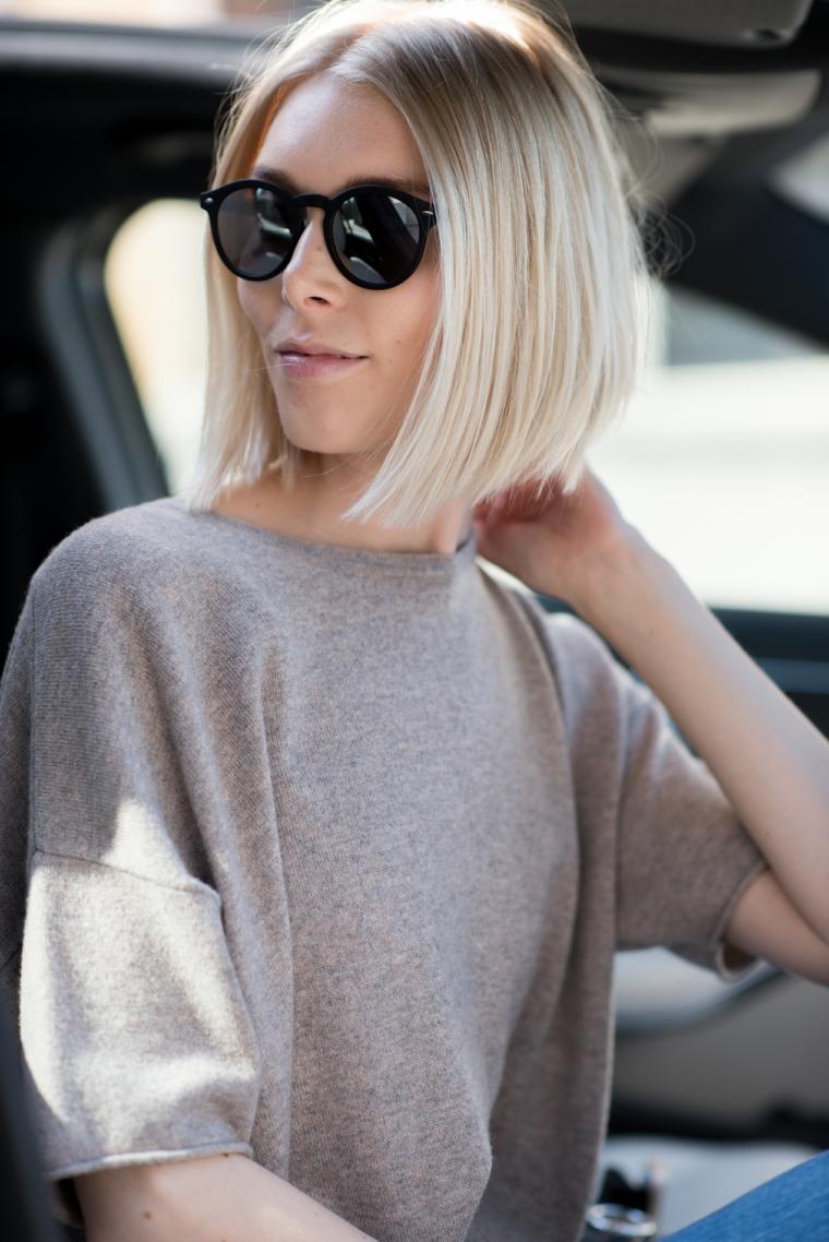 Schiarire i capelli naturalmente, ragazza con occhiali da sole, capelli taglio caschetto