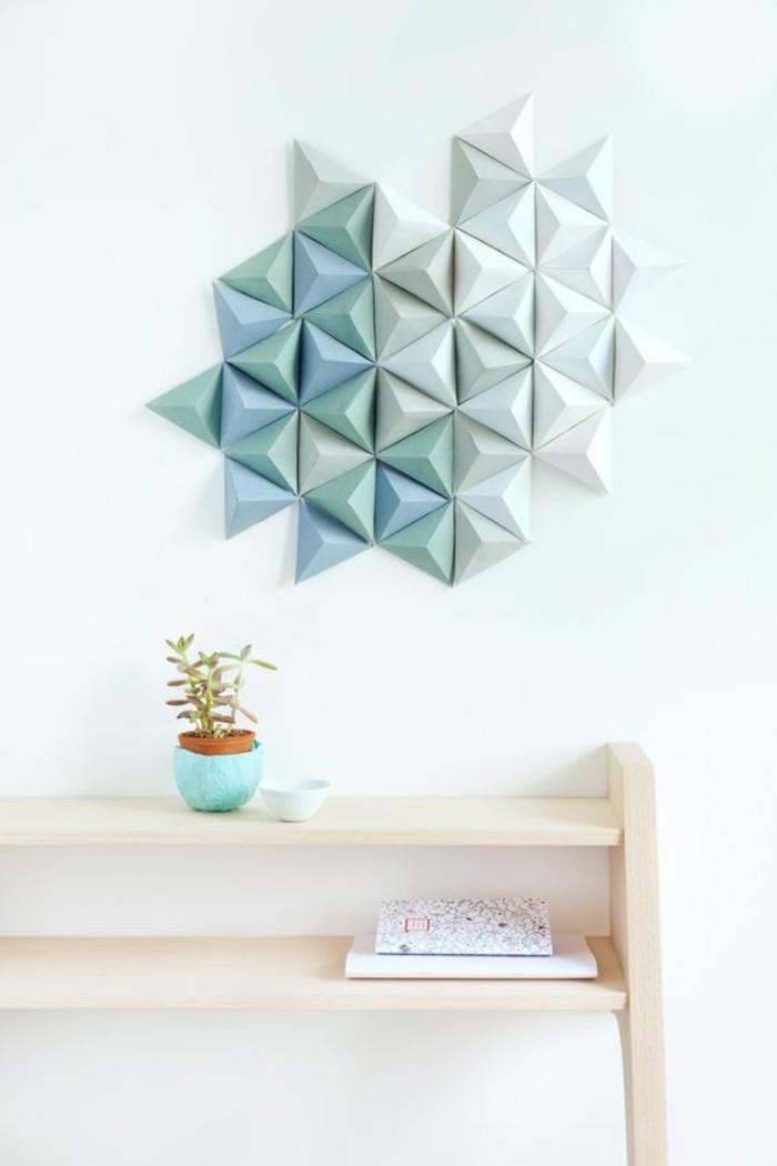 Decorazione da muro con forme, figure geometriche colorate