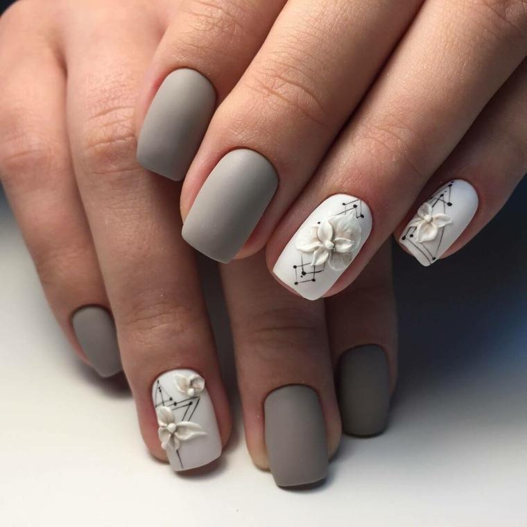Fiore tridimensionale, smalto grigio opaco, manicure perfetta